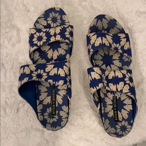 Alice and Olivia Blue floral Sandals